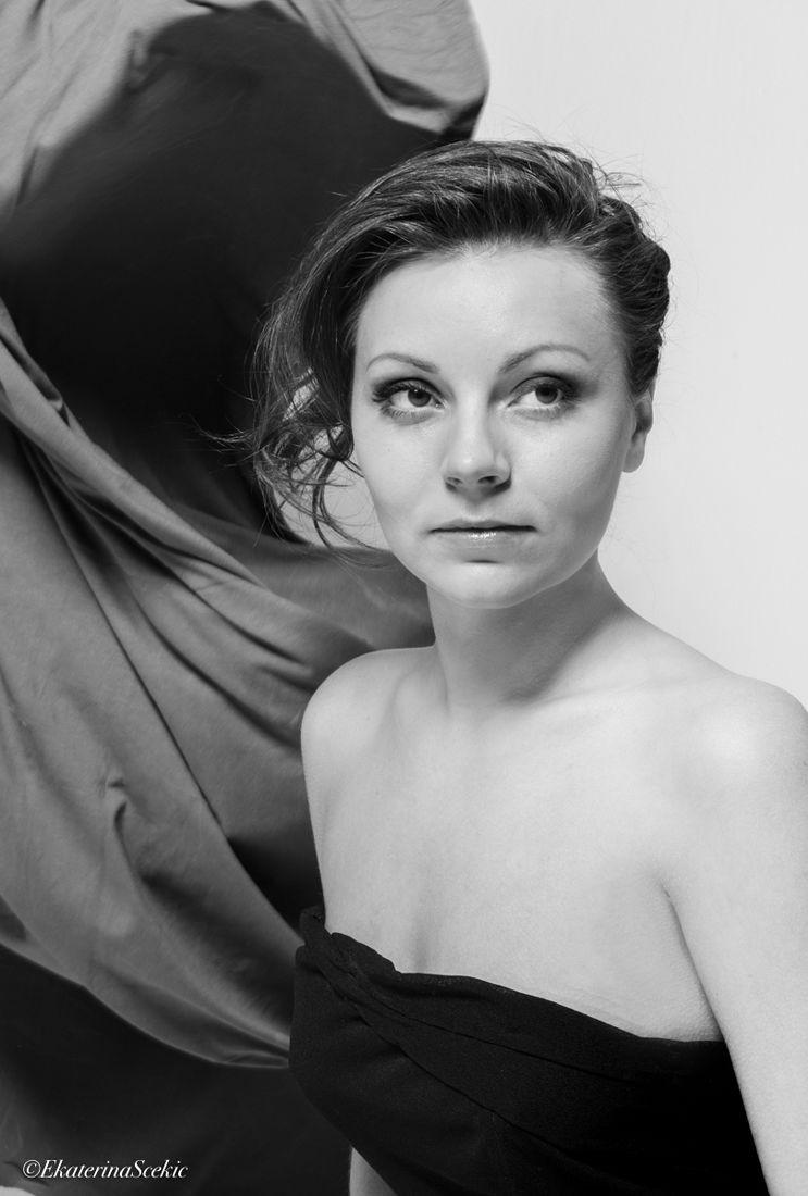 Екатерина Буракова-Шчекич. Катя. Без названия