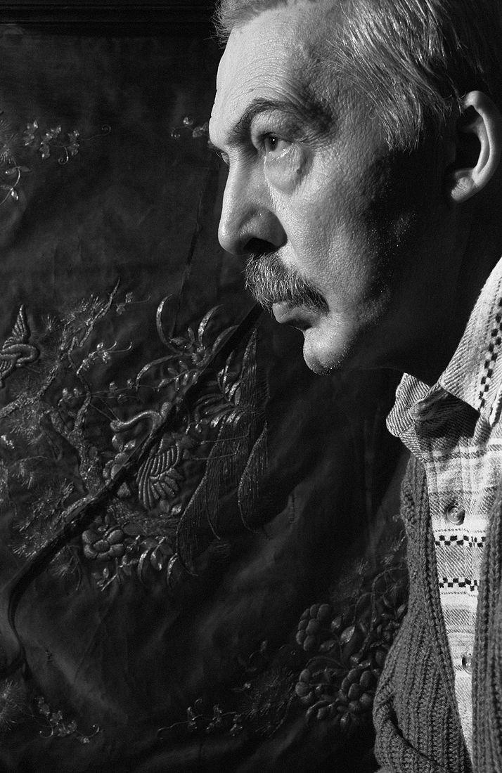 Андрей Безукладников. Портреты. Писатель Андрей Битов. 1989