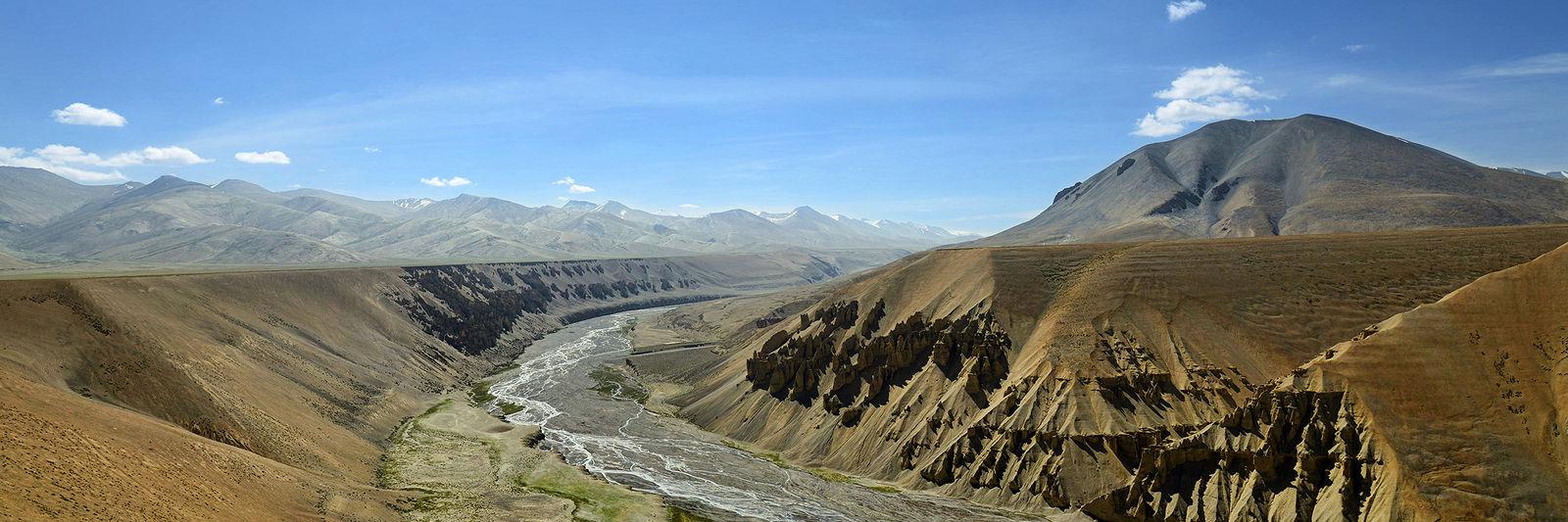 Ivan Aleshin. NH21 and other Himalayan Roads. 0007