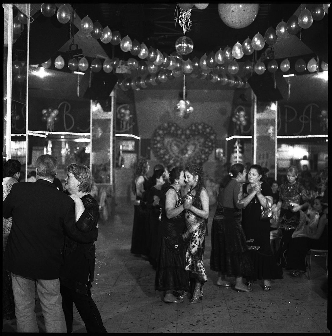 alpauk. Gypsies, wedding. 2007. sent06-11