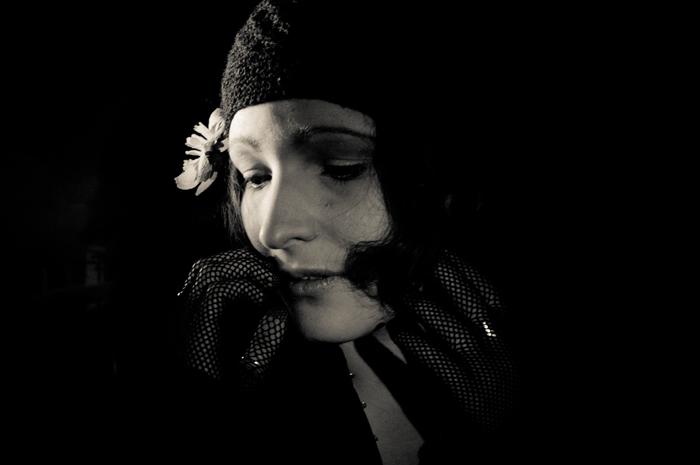 Ekaterina Burakova-Scekic. The old movies. Untitled