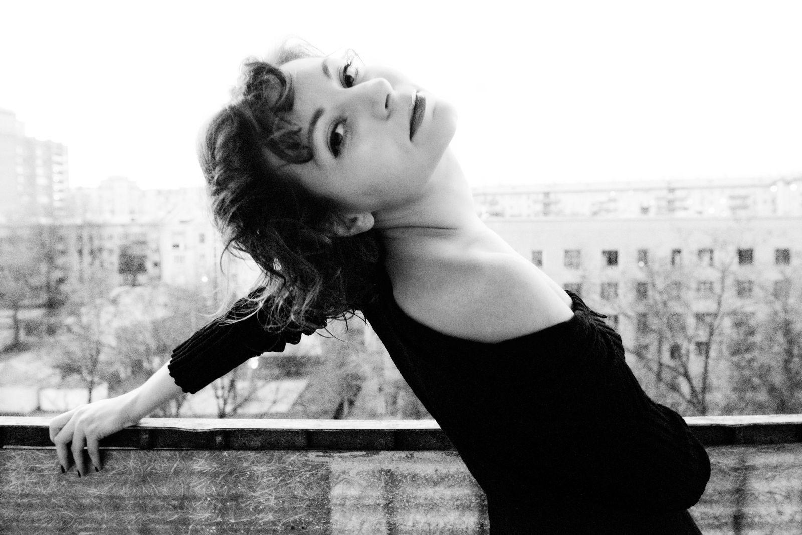Ekaterina Burakova-Scekic. Studio. Катя